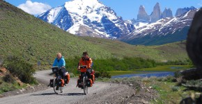 027_Cycling_Torres_del_Paine - wikipedia